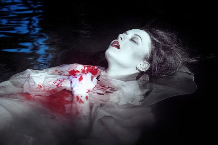 mujer-ahogada