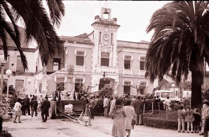 derribo-ayuntamiento-ribeira.jpg