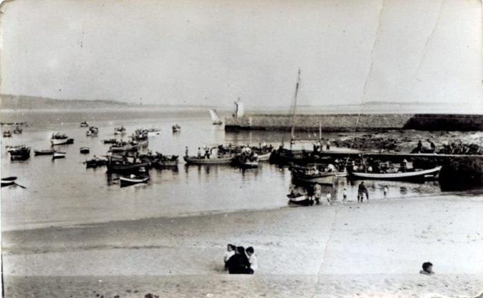 vista-antigua-puerto-corrubedo.jpg