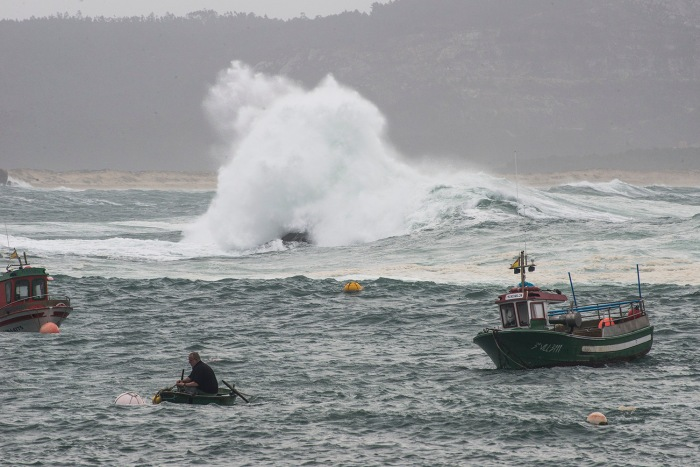 11-marzo-puerto-corrubedo-felix.JPG