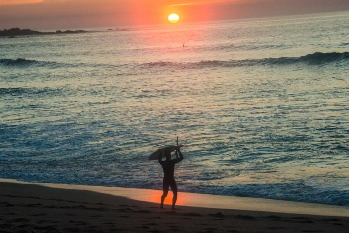balieiros-corrubedo-ocaso-surfer.jpg