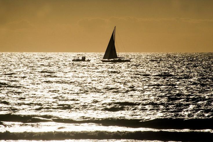 balieiros-corrubedo-pesquero-velero.JPG