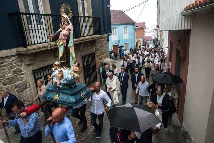 procesion-carmen-fiestas-corrubedo.JPG