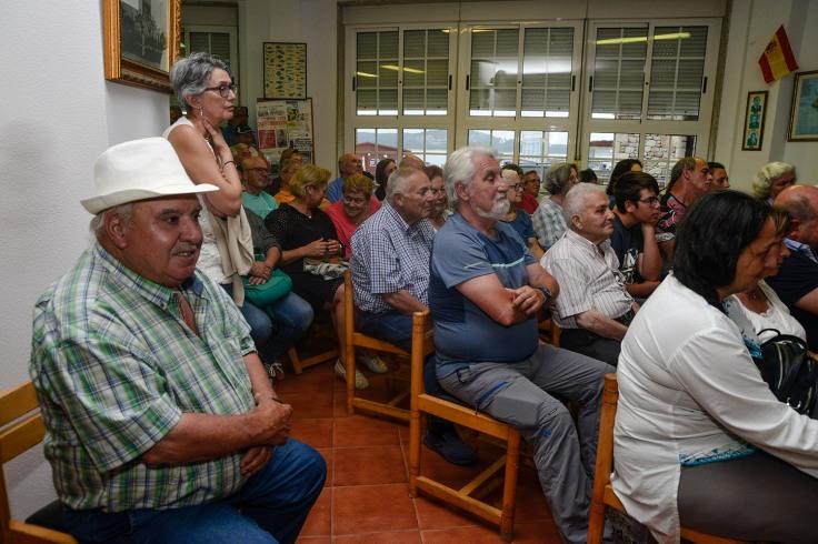 publico-conferencia-sanchez-fraga-corrubedo.JPG