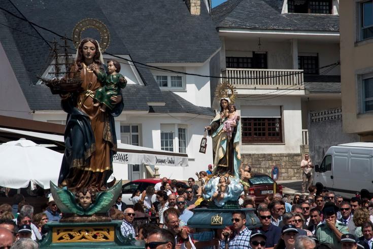 procesion-corrubedo-3.JPG